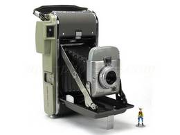 POLAROID MODEL 80 A (highlander)