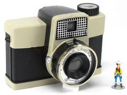 INCONNUE Learder Camera